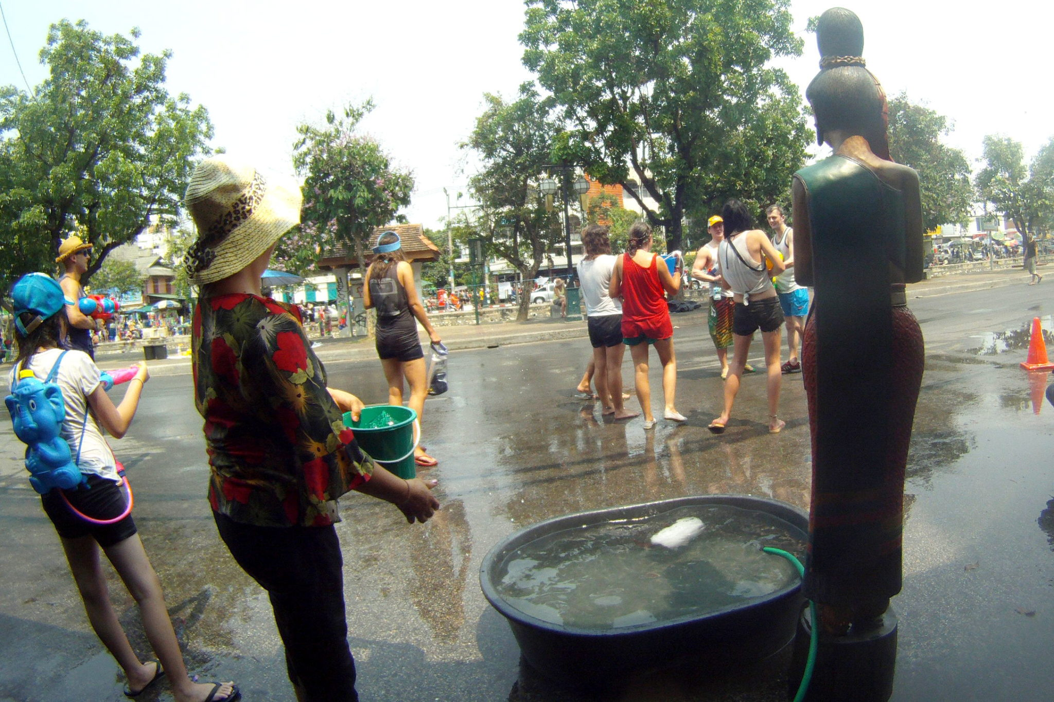 Restaurants serving water during Songkran in Chiang Mai - Happymind Travels