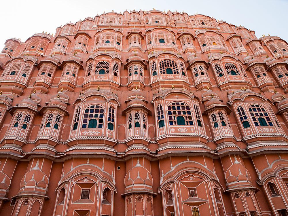 Hawa Mahal in Jaipur - Happymind Travels