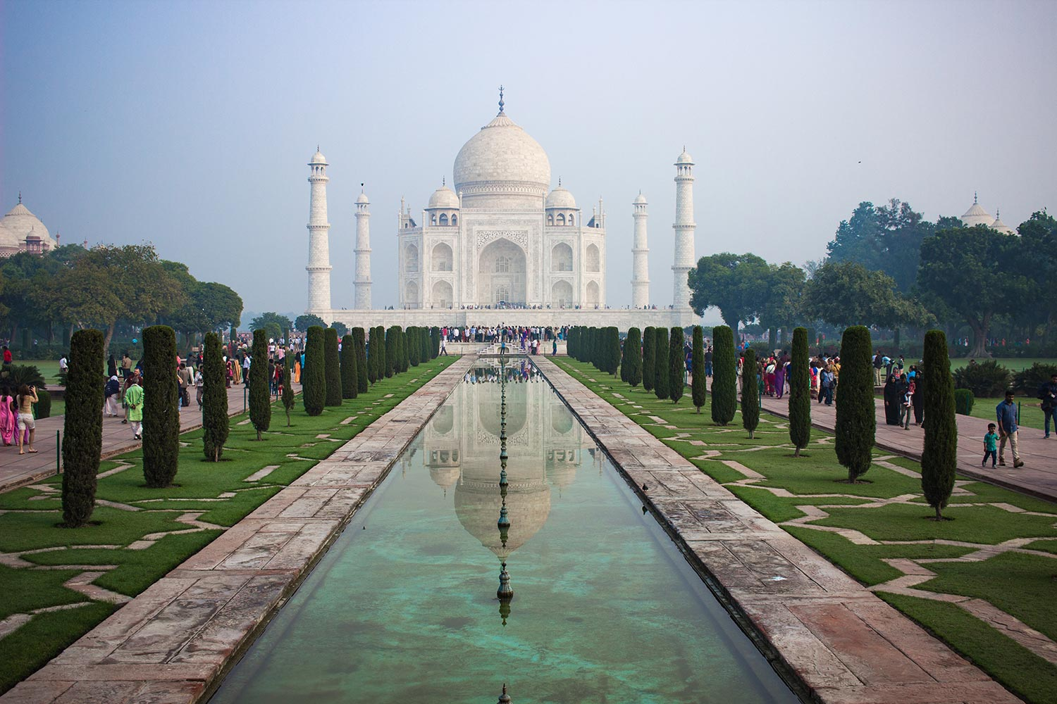 Taj Mahal by Naeem Amyet - Things to do in Agra | Happymind Travels