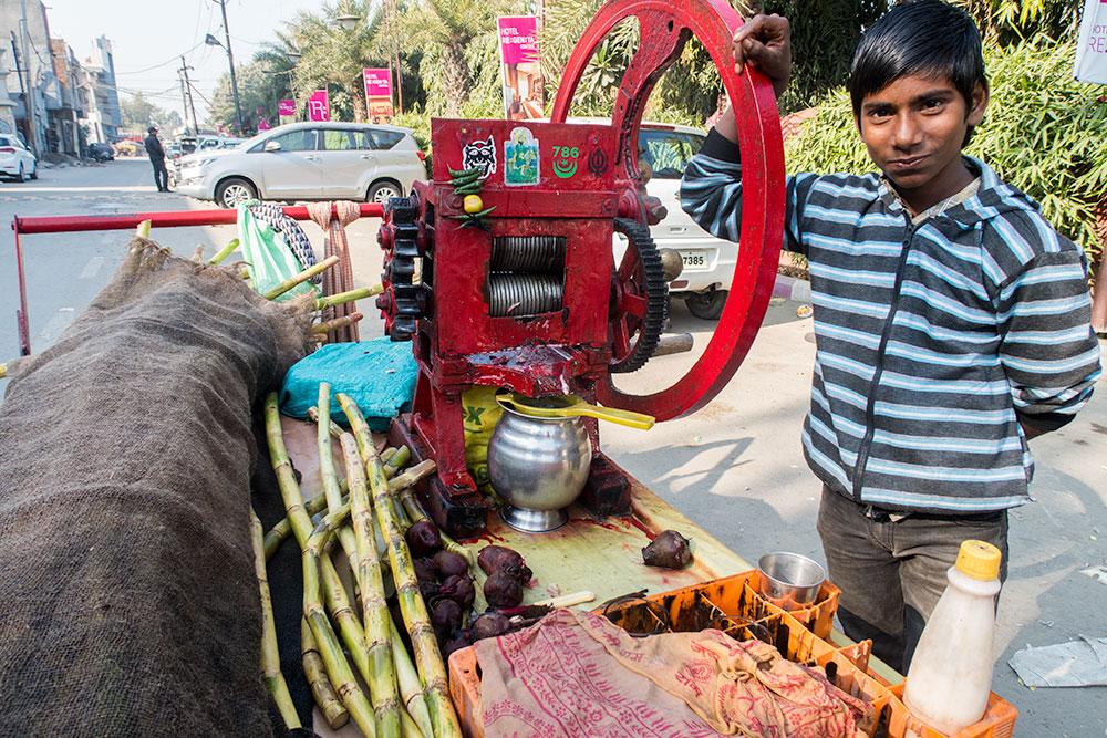 Kid Making Natural Juice in Amritsar   Happymind Travels