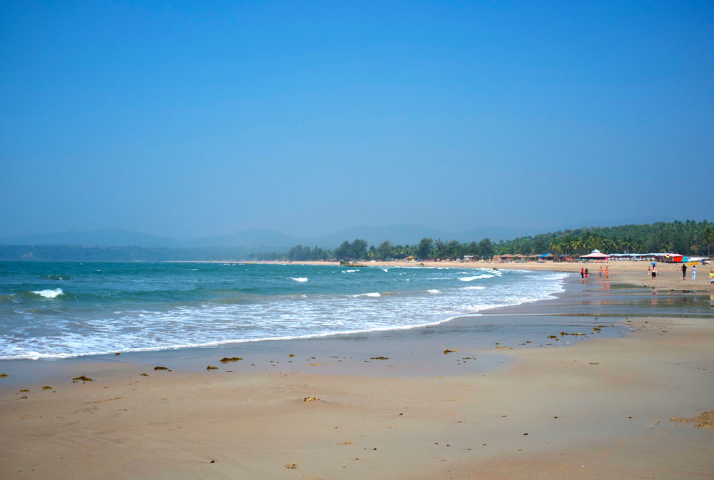 Agonda Beach in Goa - Photo by Aleksandr Zykov | Happymind Travels