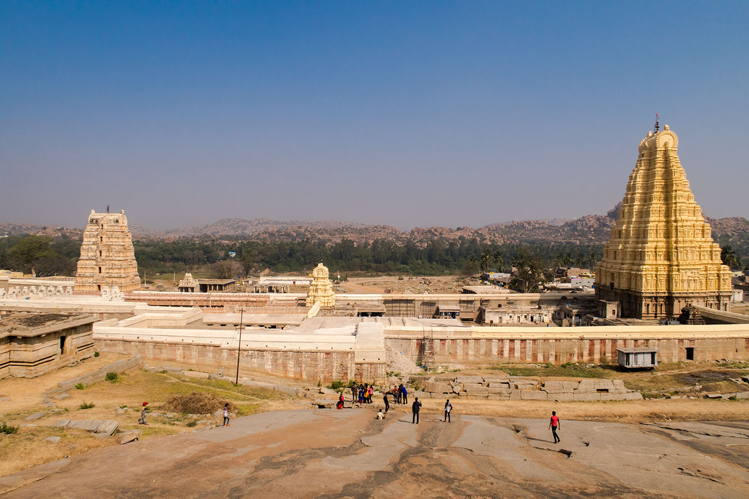 Hampi, the Rocky Mountain City - Things to do Places to Visit | Happymind Travels