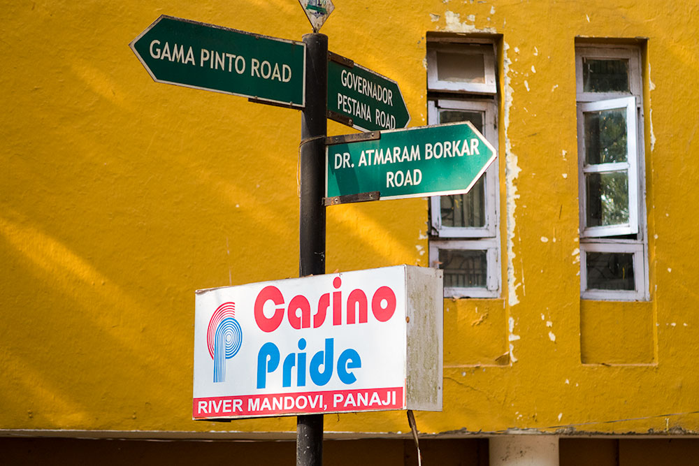 Portuguese Signs in Panaji | Happymind Travels