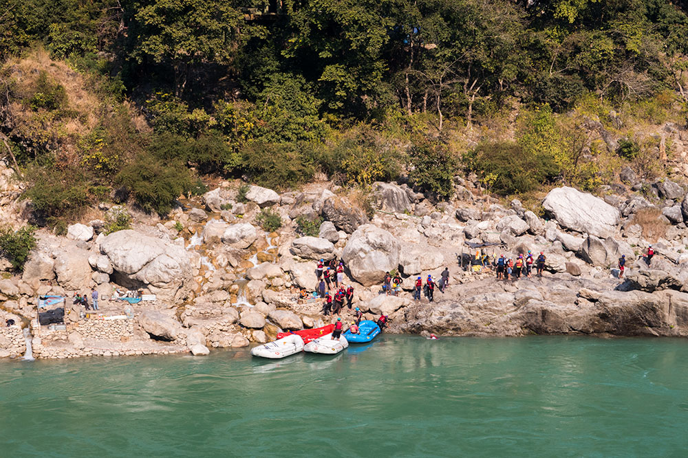 Rafting in Rishikesh | Happymind Travels