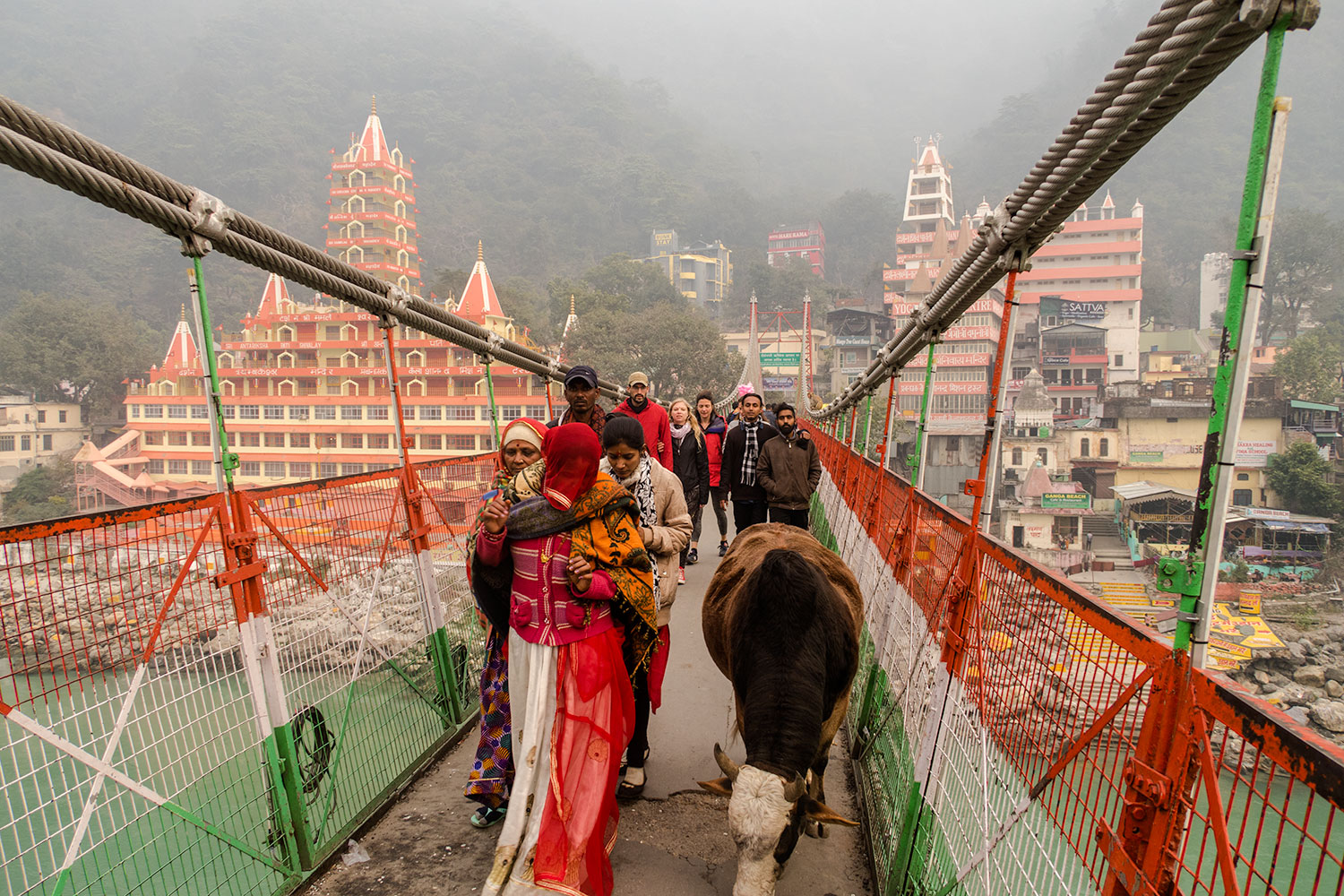 Travel Guide, Things to do and Places to see in Rishikesh | Happymind Travels