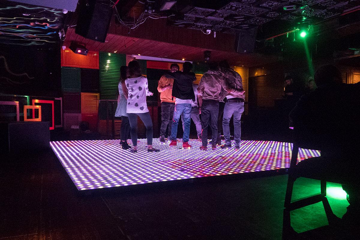 Nightlife in Delhi: Amplified Bar in Hauz Khas