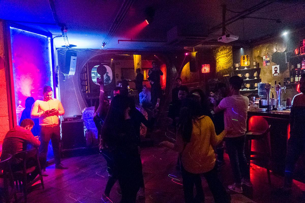 Nightlife in Delhi: Barsoom Bar in Hauz Khas