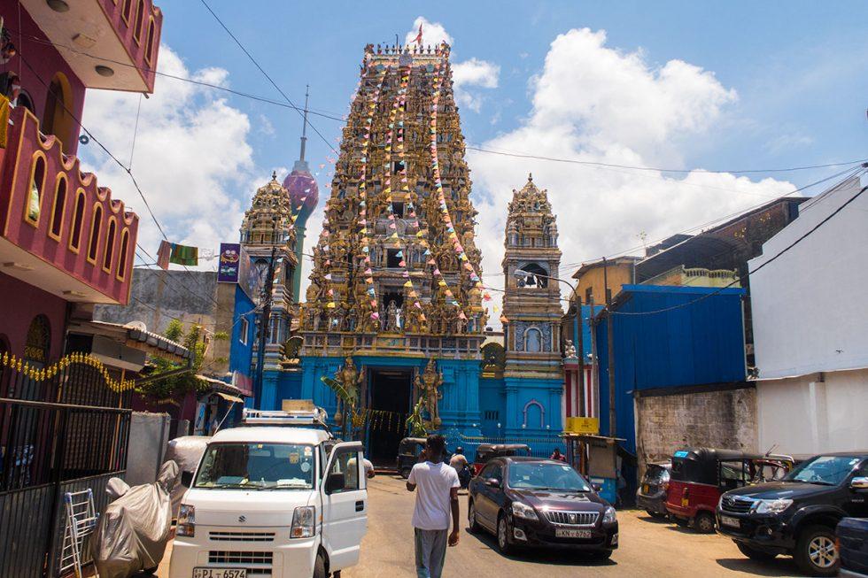 Sri Kail Awasanathar Swami Devasthanam, Colombo - Sri Lanka | Happymind Travels