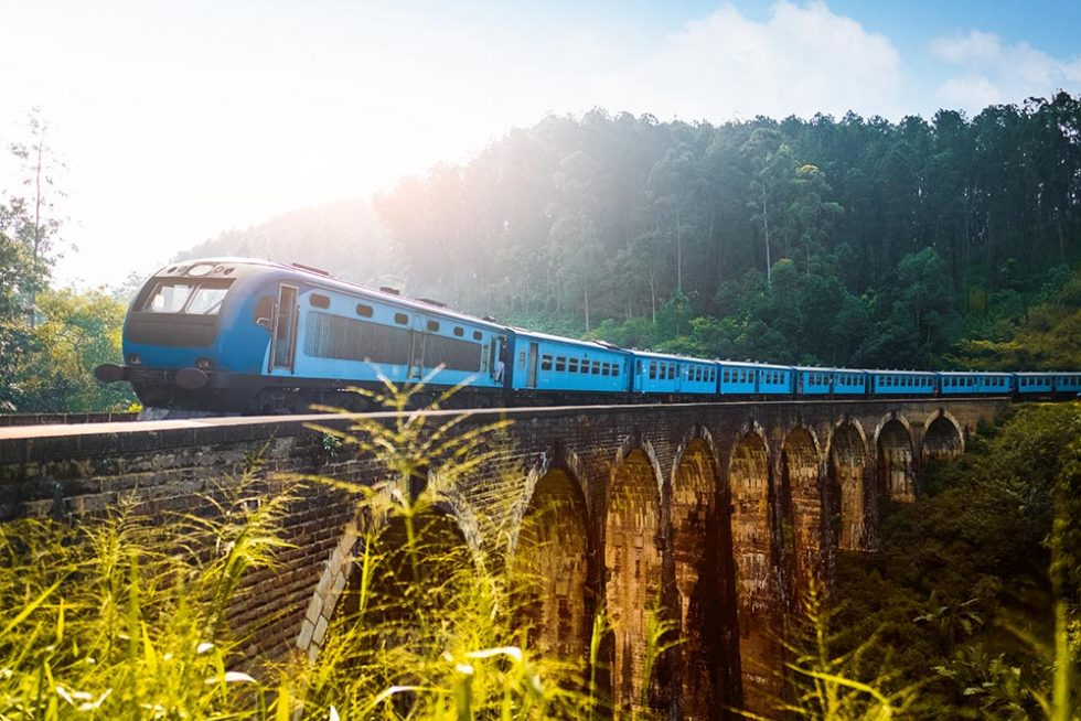 Nine Arches Bridge in Ella, Sri Lanka | Happymind Travels