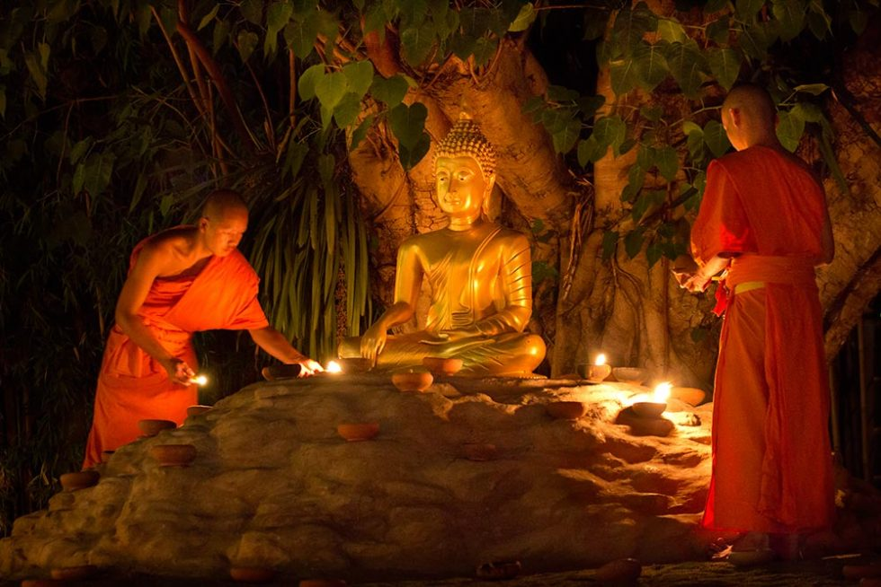 Visakha Bucha Day in Chiang Mai, Thailand | Happymind Travels