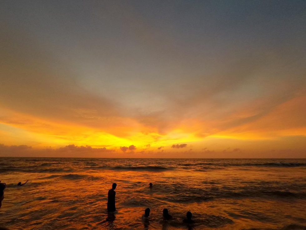 Amazing Sunset in Negombo with natural colors  Happymind Travels