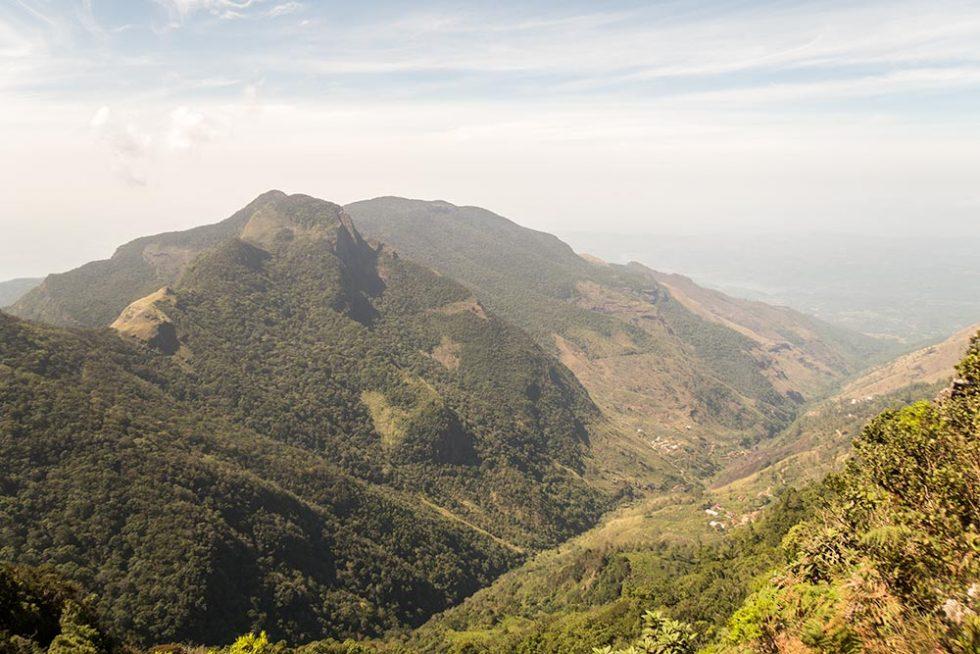 Little World's End in Horton Plains, Sri Lanka | Happymind Travels