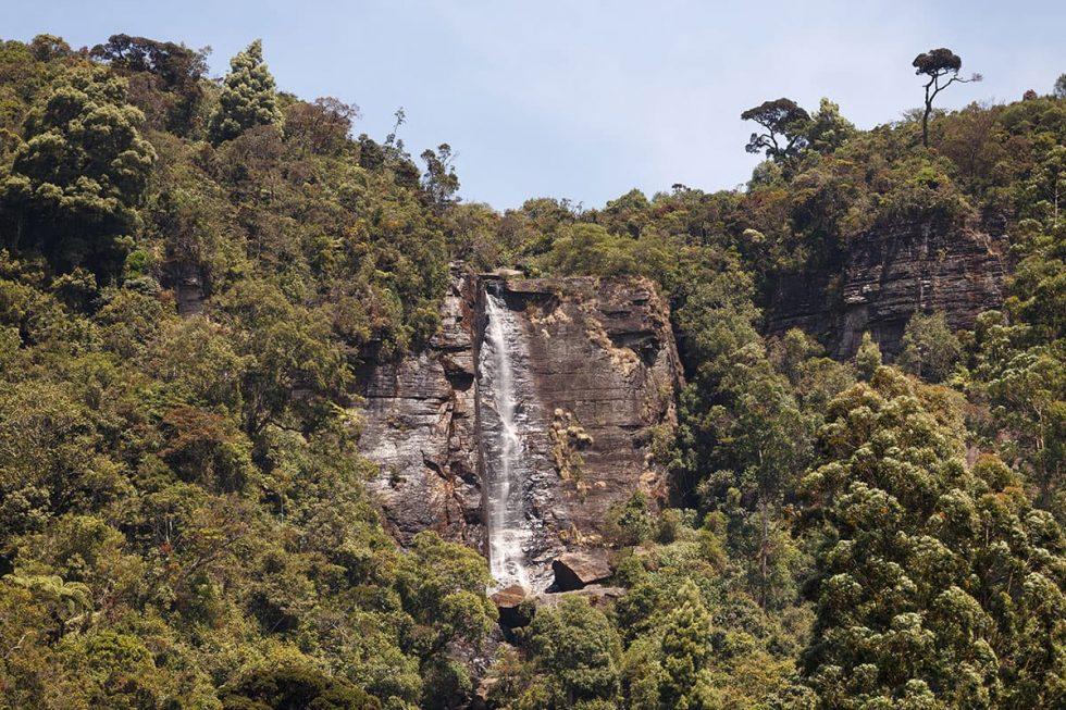 Lover's Leap in Nuwara Eliya, Sri Lanka | Happymind Travels