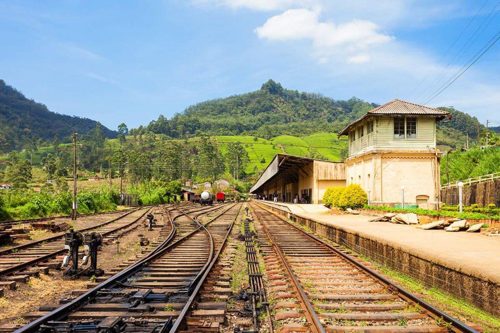 Nanu Oya Train Station in Nuwara Eliya, Sri Lanka | Happymind Travels
